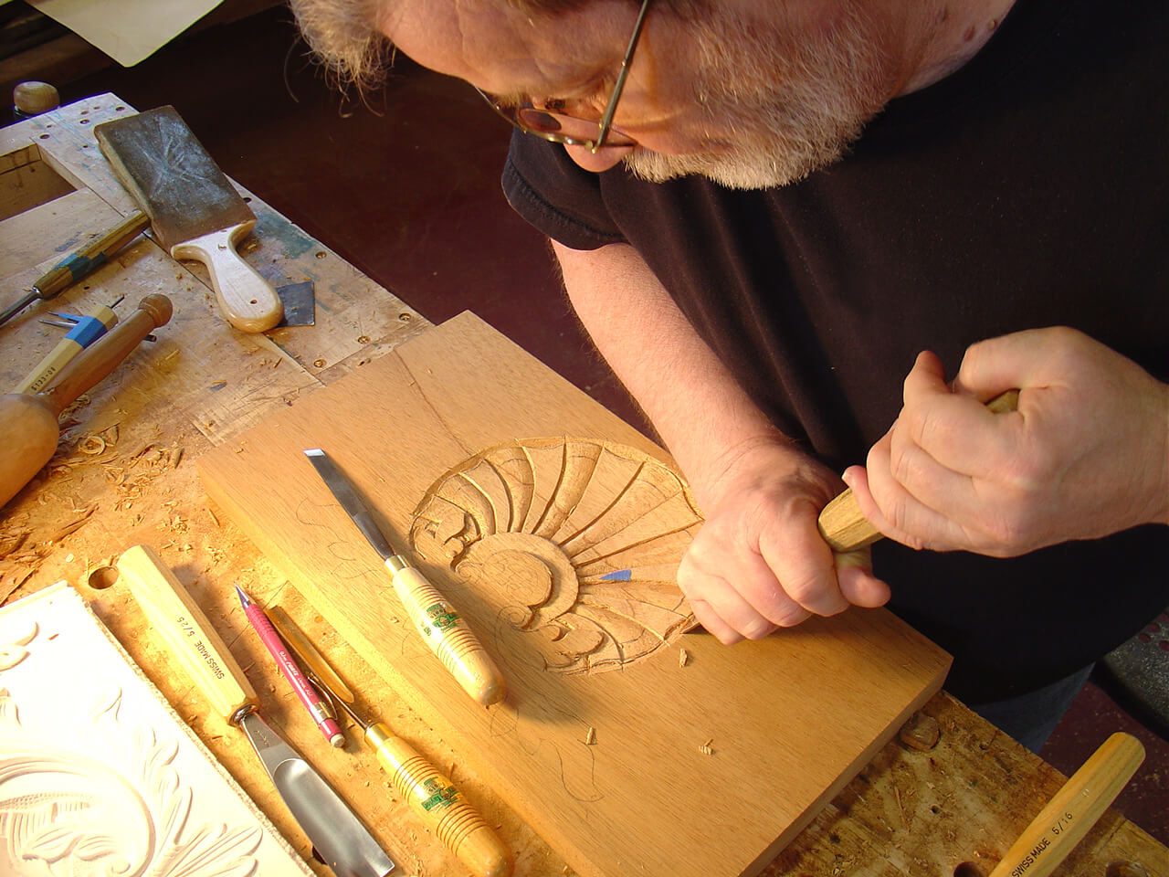 How to Use Wood Carving Tools
